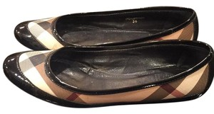 Burberry Classic Check Flats
