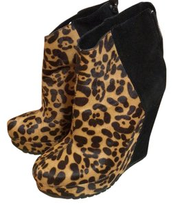 Kelsi Dagger leopard print and black Boots