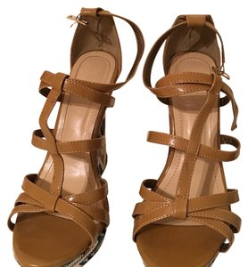 Liliana brown Wedges