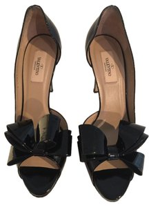 Valentino Black patent Pumps