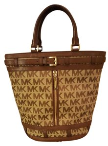 Michael Kors Tote in Brown/Khaki