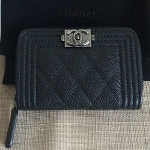 Chanel NWT ! Chanel le boy zipper coin purse / cardholder