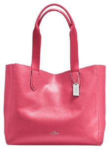 Coach Leather F58660 Tote in strawberry
