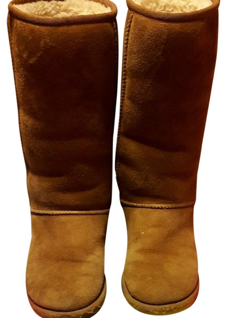UGG Australia Brown S/N5815 Boots/Booties Size US 7 Regular (M, B) UGG Australia Brown S/N5815 Boots/Booties Size US 7 Regular (M, B) Image 1
