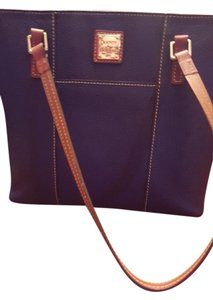 Dooney & Bourke Tote in Cobalt blue