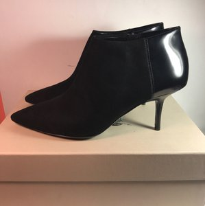 Burberry Ankle Pointed Toe Suede Signature Engraved black Boots