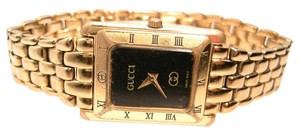 Gucci GUCCI 4200 L Vintage Gold Watch