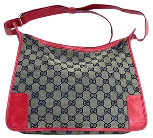 Gucci Large Print Reds Excellent Condition Great For Everyday Perfect Pop Of Color Hobo Bag
