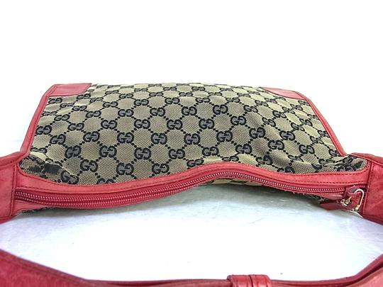 Gucci Large Print Reds Excellent Condition Great For Everyday Perfect Pop Of Color Hobo Bag Image 10