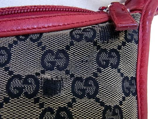 Gucci Large Print Reds Excellent Condition Great For Everyday Perfect Pop Of Color Hobo Bag Image 11