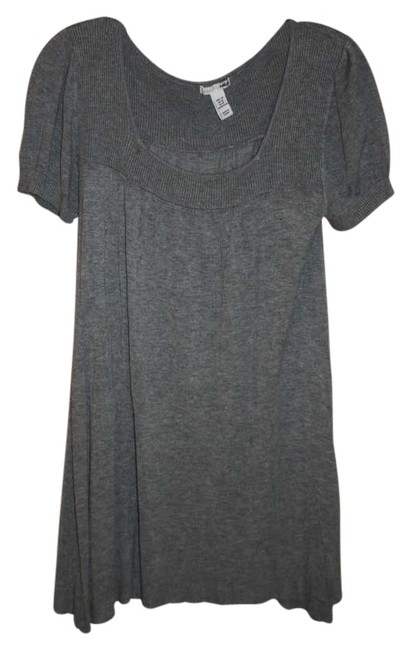 Preload https://item3.tradesy.com/images/h-and-m-grey-bell-sleeves-knit-above-knee-short-casual-dress-size-8-m-207077-0-0.jpg?width=400&height=650