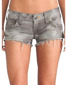 True Religion Camouflage Shorts Green Cargo Jeans-Light Wash