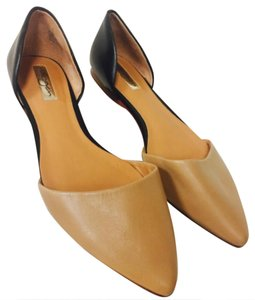 Halogen Two-tone Ballet Nude/Black Flats