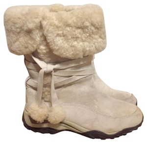 The North Face Snow Furry Off White Boots