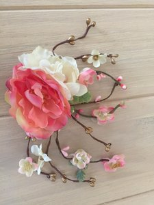 Gorgeous Gold Coral And Ivory Flower Clip Accessory