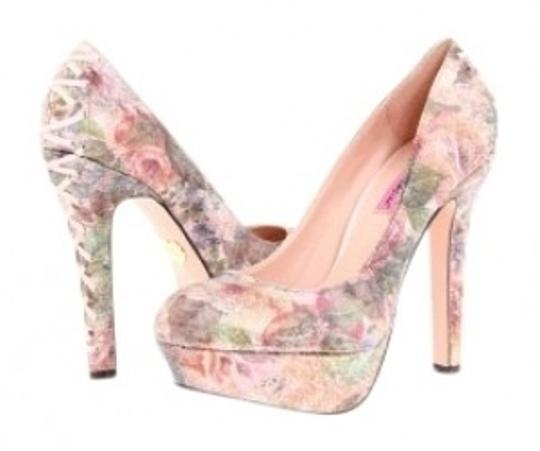 Preload https://img-static.tradesy.com/item/20709/betsey-johnson-pink-floral-ditan-pumps-size-us-7-regular-m-b-0-0-540-540.jpg