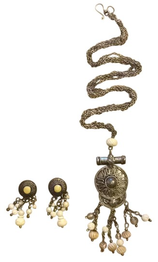 Other earring set Image 0