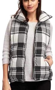 Old Navy Buffalo Check Plaid Vest