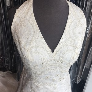 Casablanca Ivory/Gold Organza with Beaded Lace 1854 Sexy Wedding Dress Size 8 (M)