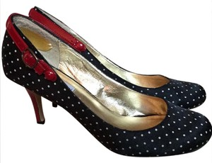 Steve Madden Black with white polka dots Pumps