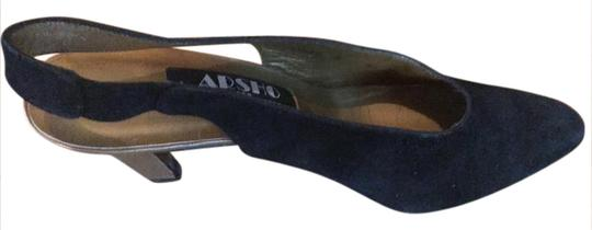 Asio for Suart Weitzman Black Pumps Image 0