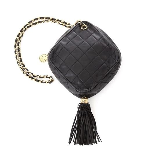 Preload https://img-static.tradesy.com/item/20711273/chanel-rare-quilted-diamond-tassel-black-lambskin-shoulder-bag-0-0-540-540.jpg