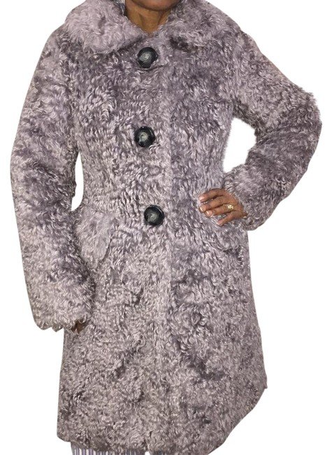 Preload https://img-static.tradesy.com/item/20711414/marc-jacobs-gray-three-button-shaggy-mohair-coat-size-0-xs-0-1-650-650.jpg