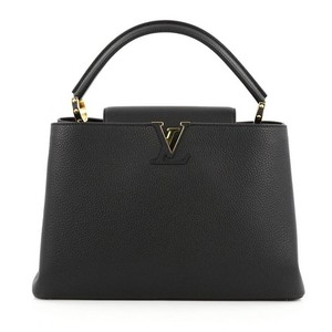Louis Vuitton Capucines Mm Capucines Tote in Black and gold