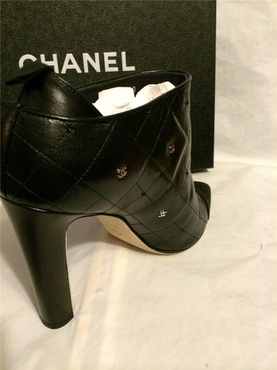 Chanel Cc Quilted Black Boots Image 10