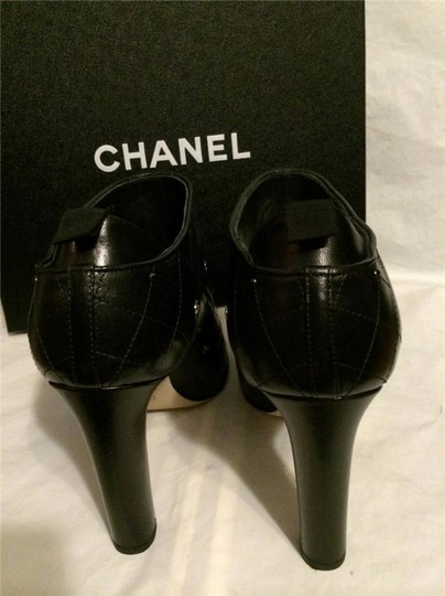 Chanel Cc Quilted Black Boots Image 8