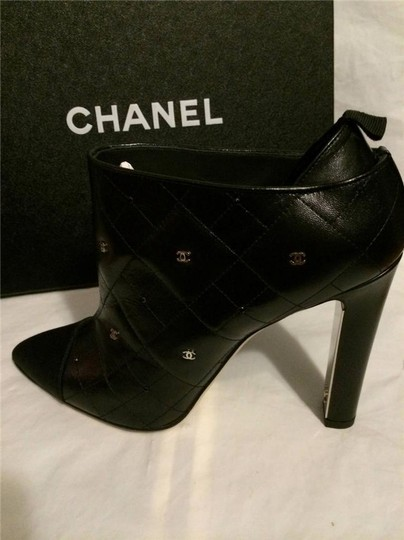 Chanel Cc Quilted Black Boots Image 9