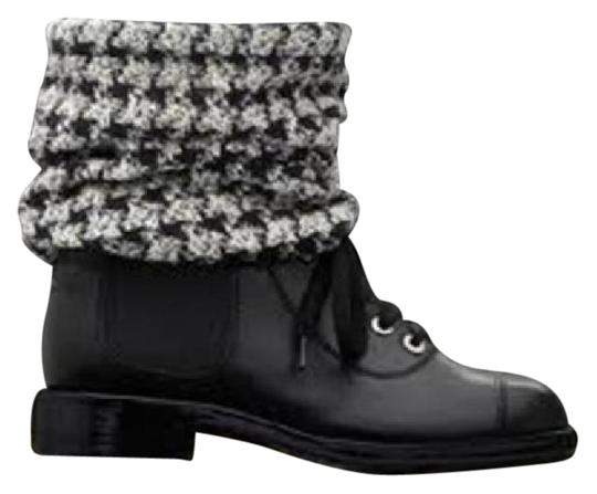 Preload https://img-static.tradesy.com/item/20711856/chanel-black-combat-cap-toe-lace-up-check-tweed-sock-ankle-39-bootsbooties-size-us-9-0-1-540-540.jpg