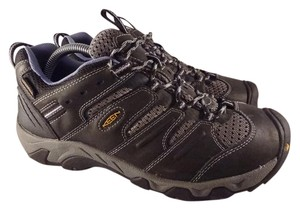 Keen gray Athletic