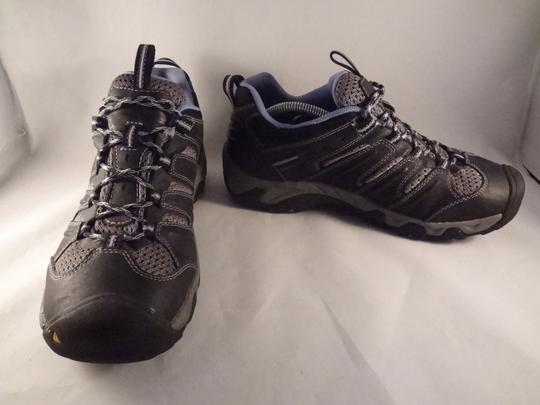Keen gray Athletic Image 2