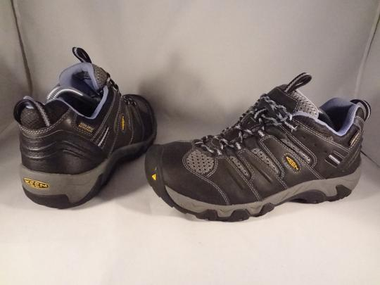 Keen gray Athletic Image 3
