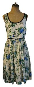 Odille short dress Floral Silk Anthropologie on Tradesy