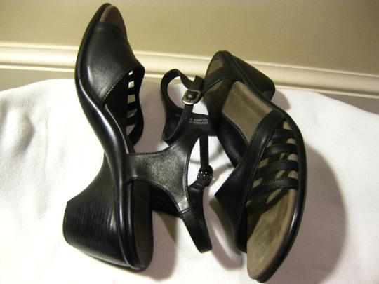 Dansko BLACK Sandals Image 2