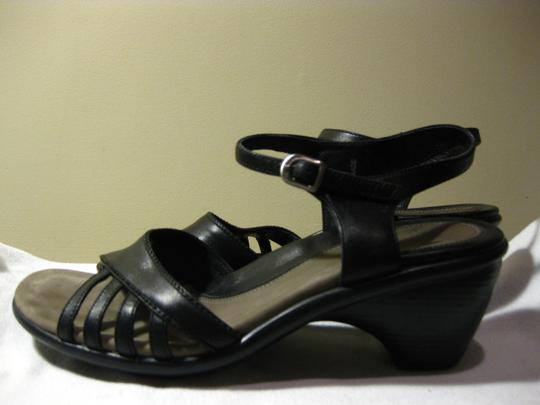 Dansko BLACK Sandals Image 3