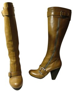 Vince Camuto tan Boots
