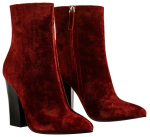 7ff415d1 Red Zara Boots & Booties Chunky Up to 90% off at Tradesy