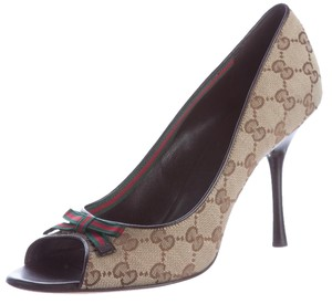 Gucci Hardware Embellished Gg Horsebit Gold, Beige, Brown Pumps