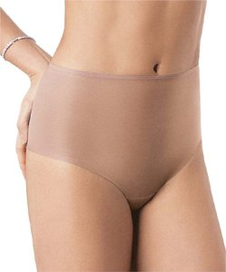 Spanx Spanx Skinny Britches Cheeky Cut thong Sm 4/6 Underwear Layered Panty