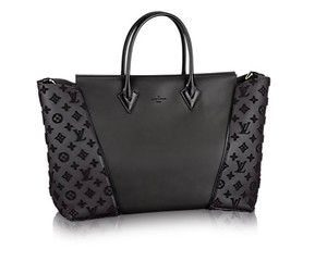 Louis Vuitton Monogram Gold Hardware Tote in Black