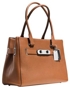 Coach Tote in Saddle