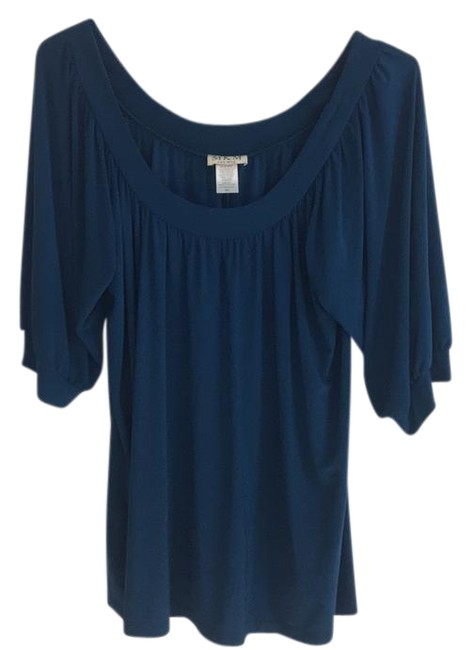 Preload https://img-static.tradesy.com/item/20715038/mkm-designs-great-condition-blouse-size-16-xl-plus-0x-0-1-650-650.jpg