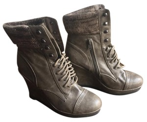 Target Wedge Grey Boots