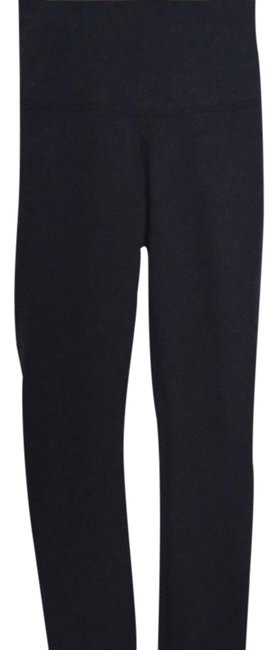 Preload https://img-static.tradesy.com/item/20715242/lululemon-navy-blue-wunder-under-rolldown-cotton-activewear-bottoms-size-2-xs-0-1-650-650.jpg