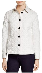 Burberry Ashurst Nude Diamond-quilted Classic Chalk Jacket