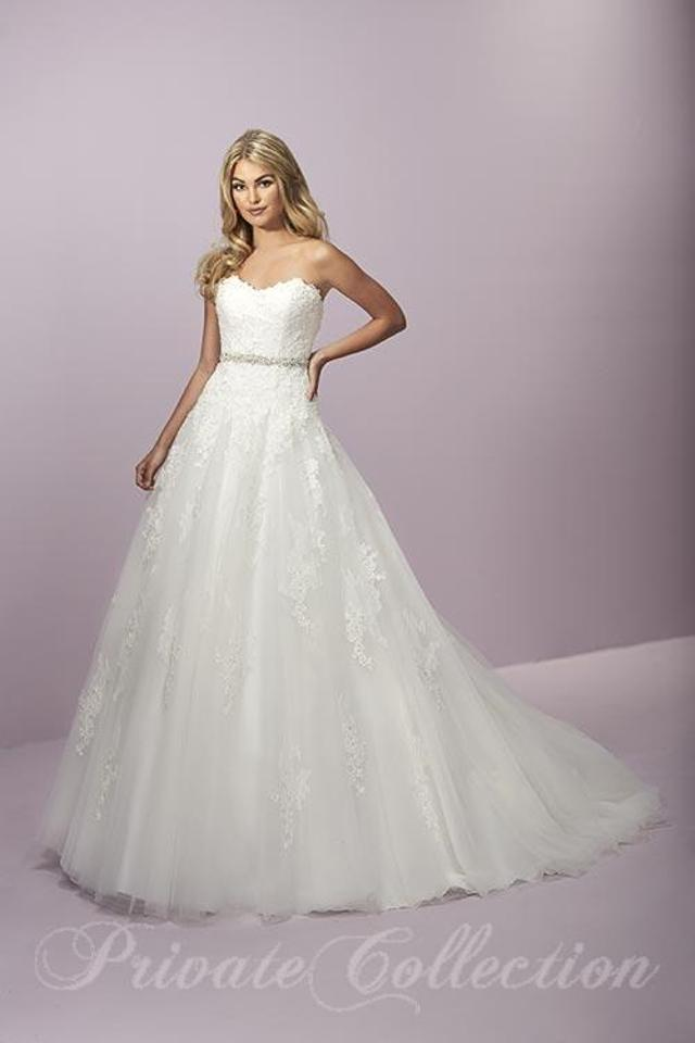 House of Wu Ivory Lace and Tulle 18063 Feminine Wedding Dress Size ...