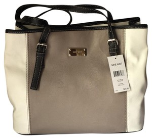 Nine West Women Tote in multi color